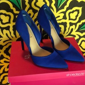 8.5 Shoedazzle Cobalt Pumps
